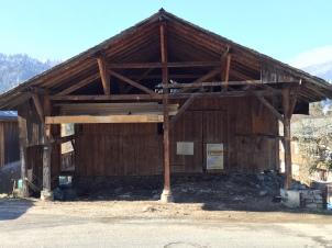 old-wooden-framework-revealed